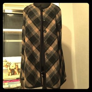 Tartan Pattern Cape with detailed borders in black